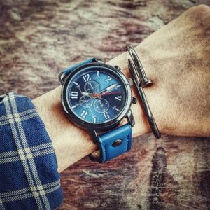 Other - ⌚️NEW⌚️ Luxury Mens Leather Strap Quartz Watch
